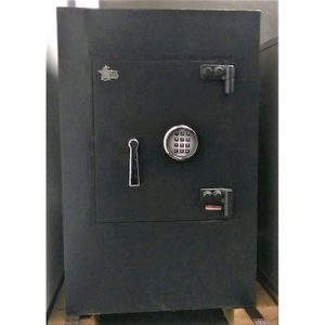 Used Star Safe Closed