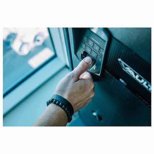 RS200i Biometric