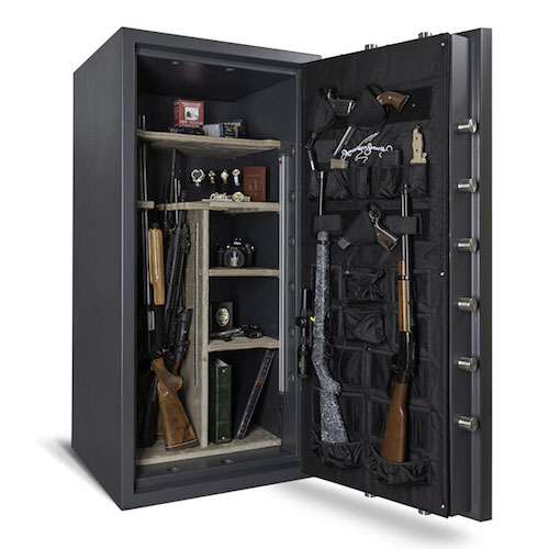MAX5524GS Gun Safe Interior with Props